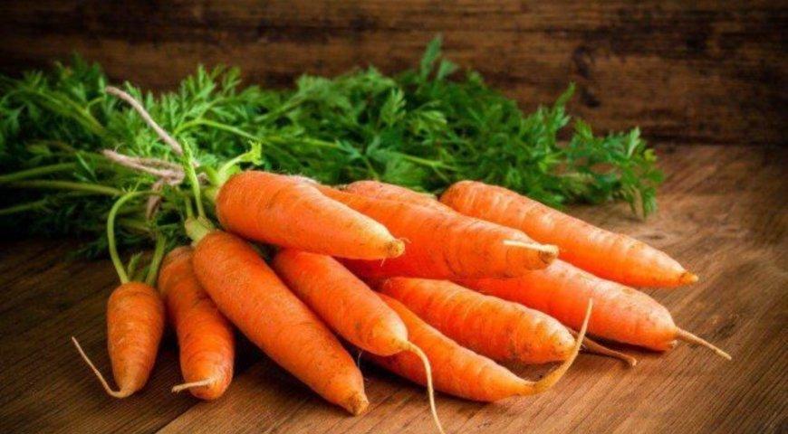 Два простих способи максимально збільшити схожість насіння моркви
