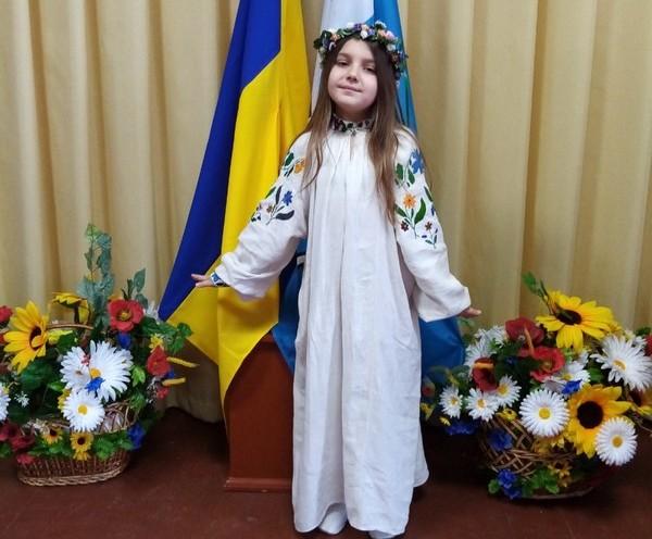 Юна ковельчанка Анастасія Смаль перемогла в обласному конкурсі читців
