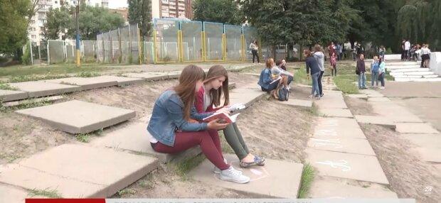 Іспити-2022: школярам розповіли, до чого готуватися в новому навчальному році