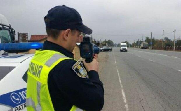 """Штраф за перевищення швидкості: водіям нагадали, чим можуть обернутися зухвалі """"покатушки"""""""